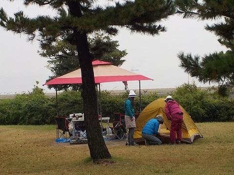 キャンプ女子